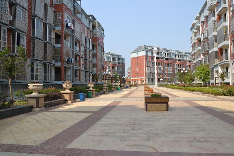 亚博体育客户端下载房地产开发有限公司
